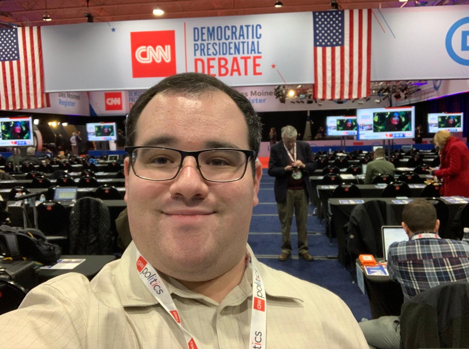 selfie of Eric Ascher at the CNN Democratic Debate spin room